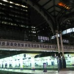 London Liverpool Station bei Nacht